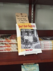 Display for Don't Date Baptists